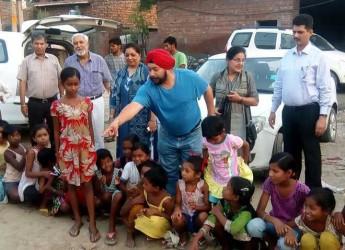 Trend to teach slum children on the rise