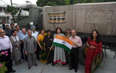 Rotary's sweet Diwali gesture to soldiers