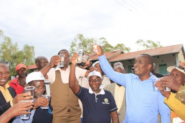 Rotary teams deliver safe water in Kenya